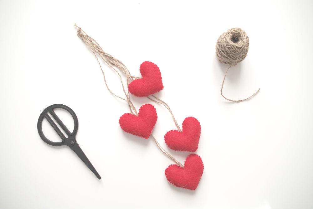 Valentine's Day Felt Hearts_making of