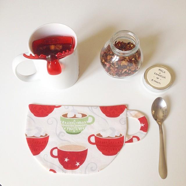 That's Monique_5 DIY for Christmas_Sewing Mug Rug