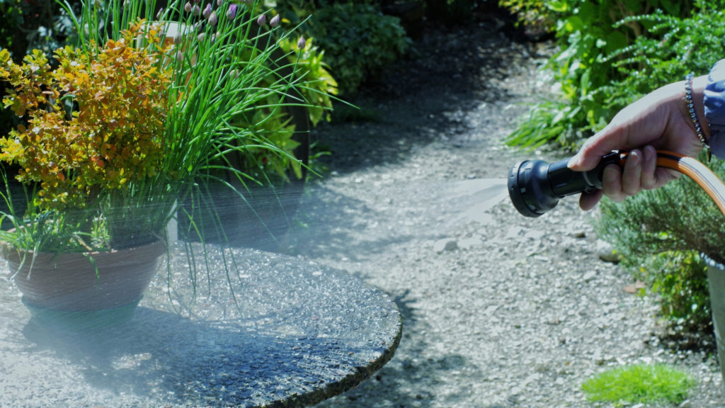 5 consigli per irrigare il giardino